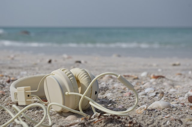 Best Traveling Headphones